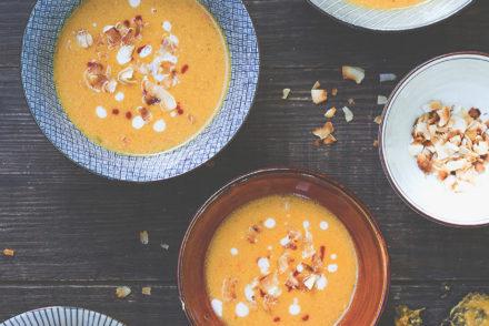 Kürbis-Erdnuss-Suppe