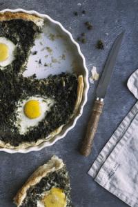 Grünkohl-Tarte mit Eiern und Kümmel
